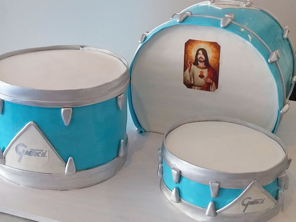 Dave Grohl Drums Cake