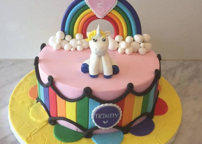 Rainbows and unicorn cake