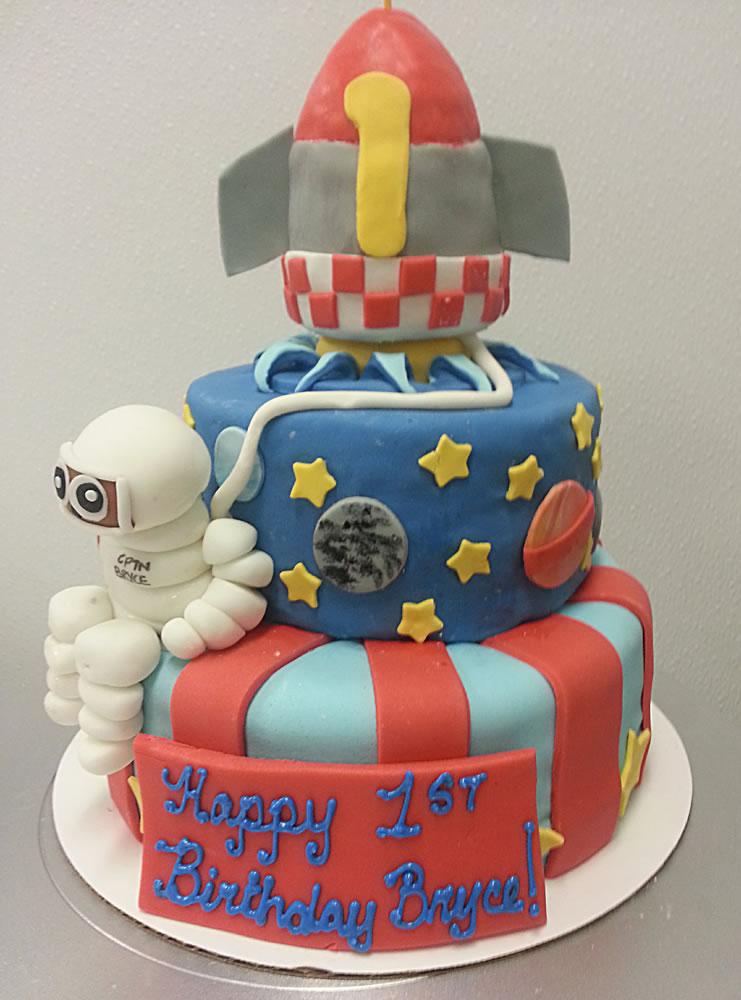 Rocket Cake Maes Bakery